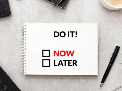 procrastinare-le-decisioni